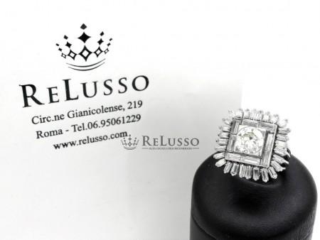 Anello in platino con diamante centrale da 1,30ct e baguette per 2,20ct foto1