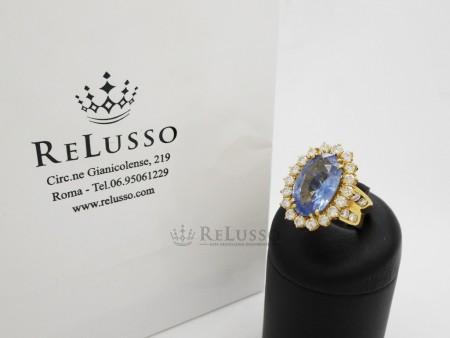 Anello con zaffiro Ceylon da 10,15ct e diamanti per 3,00ct in oro giallo foto1
