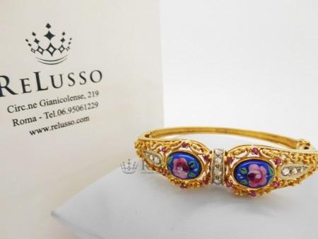 Bracciale rigido smaltato con diamanti rosetta in oro giallo foto1