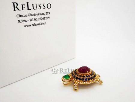 Ciondolo Tartaruga con diamanti e pietre preziose in oro giallo foto1