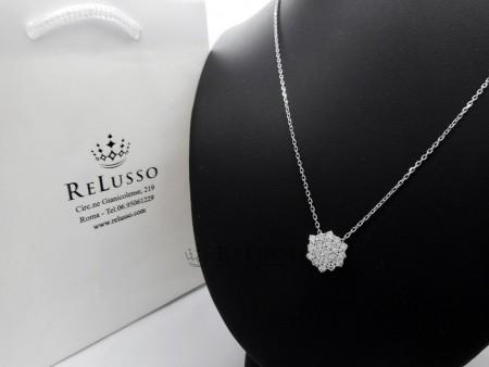 Collana con pendente a rombo in oro bianco e diamanti per 1,40ct FOTO1