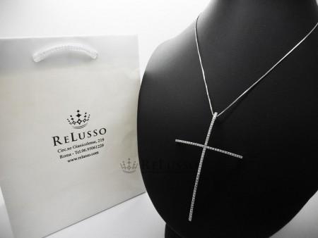 Collana con croce con 0,60ct di diamanti G-H color in oro bianco foto1