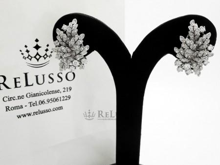 Orecchini a foglia in oro bianco e diamanti per 1,70ct foto2