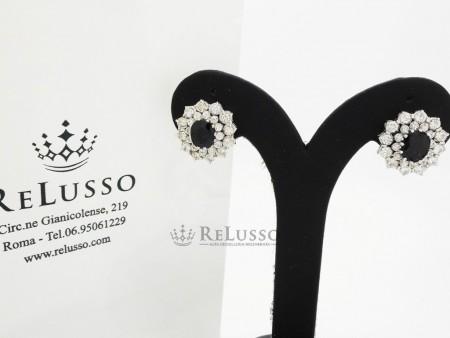 Orecchini con 3,00ct di Zaffiri e 2,40ct di diamanti in oro bianco foto2
