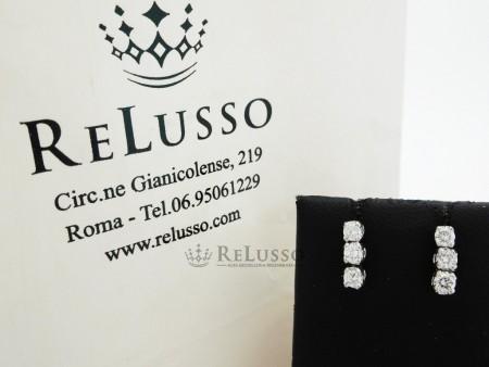 Orecchini pendenti con diamanti per 0,30ct in oro bianco foto4