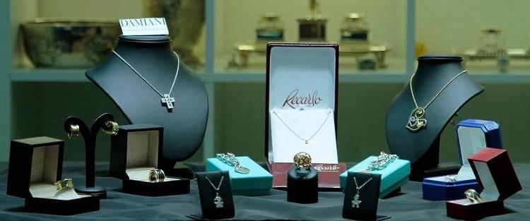 Relusso propone una selezione esclusiva dell'alta gioielleria firmata